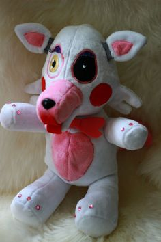 Five Nights at Freddy's 2 Mangle Plush Made by NightmarenCrafts Mangle Toy, Foxy And Mangle, Freddy 2, Fnaf Characters, Funtime Foxy, Unicorn Birthday Parties, Five Nights At Freddy's, Baby Halloween, Plushies