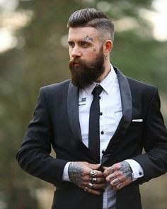 "1,138 Likes, 4 Comments - ✖✖ Beard Styles Menn✖✖ (@beardstylesmenn) on Instagram: ""•Check out our website in bio ☝☝ •To find your perfect hair style by choosing your face shape OR to…"""