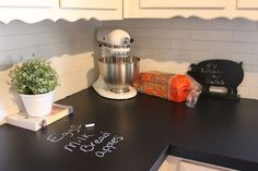 chalkboard countertops, chalkboard paint, countertops, diy, how to, kitchen design, It s like having new countertops but I can write messages on them After I m done writing my grocery list I can just wipe it off with a wet washcloth or disinfectant wipes