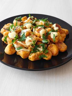 Discover recipes, home ideas, style inspiration and other ideas to try. Italian Cookie Recipes, Sicilian Recipes, Greek Recipes, Gnocchi Sauce, Chicken Gnocchi, Tortellini, Romanian Food, Romanian Recipes, Cheddar