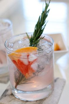 vodka, grapefruit, + rosemary cocktail with purity organic #vodkacocktails