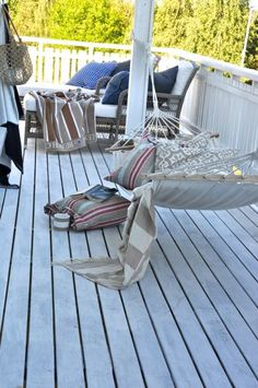 Maxxin... relaxxin... cozy deck space