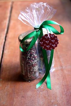 Last Minute Grocery Store Hostess Gifts  exotic spices in cool jars