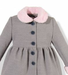 Precioso abrigo infantil de paño gris con cuello y puños en pelo rosa para niña Kids Fashion, Girls Dresses, Blouse, Long Sleeve, Sleeves, Ideas, Tops, Women, Ladies Fashion