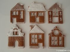 Gingerbread House Parties, Gingerbread Ornaments, Gingerbread Decorations, Christmas Gingerbread House, Gingerbread Cake, Pink Christmas Decorations, Christmas Sweets, Christmas Cooking, Christmas Crafts