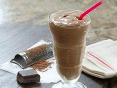 Dark Chocolate Antioxidant Shake! Contact me, your Optimal Health Coach to create a customized Carrageenan Free Meal Replacement plan www.coachb.tsfl.com