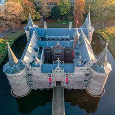 "𝕿𝖍𝖊 𝕭𝖊𝖘𝖙 𝕮𝖆𝖘𝖙𝖑𝖊𝖘 𝖔𝖋 𝖙𝖍𝖊 𝖂𝖔𝖗𝖑𝖉 on Instagram: ""Presents: 🏰 Kasteel Helmond 🇳🇱 #netherlands 📷 @alastair_haigh 👏 ⚜⚜⚜⚜⚜⚜⚜⚜⚜⚜⚜⚜⚜⚜⚜ 🏅 The Largest Instagram Gallery of Castles 🏰 🎯 Use hashtag…"""