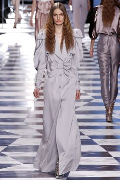 Viktor & Rolf | Spring 2013 Ready-to-Wear Collection | Style.com