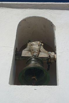Bordeira - church bell
