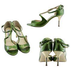 WOMEN TANGO SHOES IN GREEN PATENT LEATHER http://www.italiantangoshoes.com/shop/en/women/349-alagalomi.html