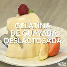How about a LIGHT option for a dessert? This GELATNA DE GUAYABA will help you not to break the diet Try it! Mango Dessert Recipes, Gelatin Recipes, Jello Recipes, Mexican Food Recipes, Sweet Recipes, Delicious Desserts, Yummy Food, Tasty Videos, Food Videos