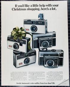 1968 Christmas Ad, Kodak Instamatic Cameras - Photography Tips Kodak Camera, Kodak Film, Retro Camera, Dslr Photography Tips, Still Photography, Vintage Photography, Landscape Photography, Old Cameras, Vintage Cameras