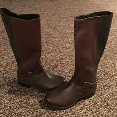 "Clarks Plaza Pilot riding boots--NWT Never worn still has tags inside---beautiful  14 3/4"" Shaft w 1 1/2"" heel Clarks Shoes Heeled Boots"