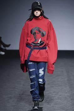 R.Shemiste Seoul Fall 2016 Fashion Show