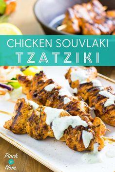Chicken Souvlaki and Tzatziki - Pinch Of Nom Healthy Cooking, Cooking Recipes, Healthy Recipes, Healthy Dinners, Greek Recipes, Light Recipes, Souvlaki Recipe, Pinch Of Nom, Tzatziki Recipes