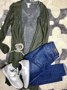 Outfit with New Balance sneakers - olive cardigan, gray tee and jeans.