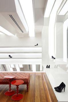 zapateria Queen Shoes en Londrina - Brasil diseñada por Guilherme Torres