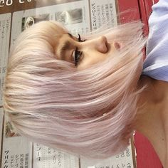 If you are tired of the color of your hair and if you are looking for a new change rose quartz hair color is just for youte! Coloured Hair, Dreads, Pink Hair, Pretty Hairstyles, Hair Looks, Hair Trends, Dyed Hair, Locks, Hair Inspiration