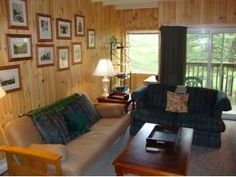 Awesome condo for sale in Killington VT 4BR/4bath on access road. Pool, tennis, great townhouse style unit. Call Bret 802 422 3610