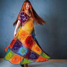 Vestido em crochê multicolorido - Katia Ribeiro Moda e Decoração Handmade