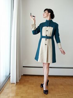swing candy vintage coat. I mean, really? How flippin' stunning is that?