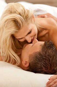 16 zones érogènes masculines Parce qu'on est sûre de faire mouche à chaque fois, on a tendance à concentrer nos caresses sur le pénis de son amant. Erreur ! Les hommes possèdent de nombreuses zones érogènes qui méritent que l'on s'y attarde un peu plus. Petit tour d'horizon des endroits à explorer pour faire monter le désir..