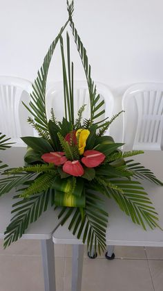 Pin by So Much To Look At on Floral Arrangements-Inspiration Tropical Flower Arrangements, Creative Flower Arrangements, Flower Arrangement Designs, Church Flower Arrangements, Beautiful Flower Arrangements, Flower Centerpieces, Beautiful Flowers, Tropical Flowers, Exotic Flowers