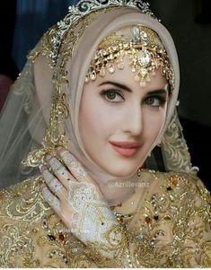 52 Ideas for photography portrait women photoshop Muslim Wedding Gown, Hijabi Wedding, Muslimah Wedding Dress, Hijab Wedding Dresses, Beautiful Hijab Girl, Beautiful Muslim Women, Most Beautiful Indian Actress, Beautiful Girl Image, Bridal Hijab