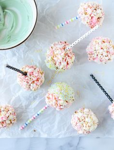Cotton Candy Popcorn Balls from @howsweeteats @thepioneerwoman