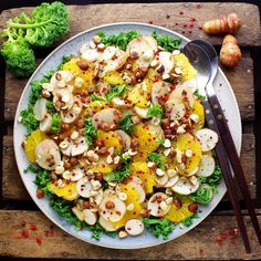 Jeg er vild med jordskokker. Med den sprøde lækre konsistens og den dejlige nøddeagtige smag. Vegetarian Recipes, Healthy Recipes, Cooking Recipes, Food Crush, Keto, Pasta, Frisk, Food Humor, Winter Food