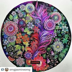 "715 Likes, 40 Comments - Sacha Braga | Skin art tattoo (@bragasacha) on Instagram: ""Johanna's Christmas Meu globinho de neve ❄️☃️ #coloringbook #coloring #christmas #johannabasford…"""