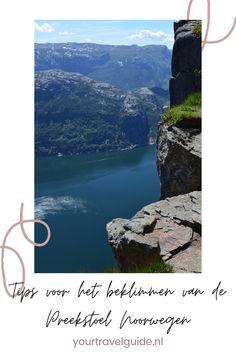Tips voor het beklimmen van de Preekstoel in Noorwegen. Een van de gaafste hikes in Noorwegen die je kunt maken Norway Travel Guide, Cities In Europe, Ultimate Travel, Solo Travel, Outdoor Travel, Where To Go, Travel Inspiration, Travel Destinations, Road Trip