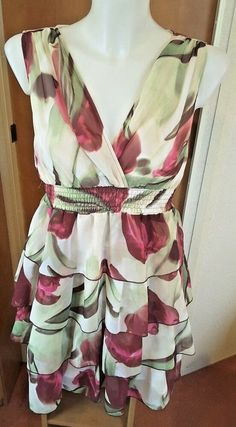 73be564ccdad H M Women s Floral Print Ruffle Tiered Dress Size 10 Wedding Guest Party  Races  HM