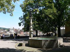 Brunnen der heldenhaften Zürcherinnen auf dem Lindenhof