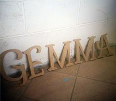 lettere in legno mdf : Lettere in legno - Nuovo nome in lettere di legno da decorare! Un font ...