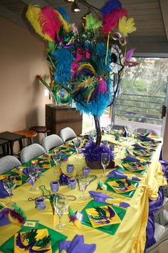 brazilian carnaval theme for party | Party Theme :: Brazilian Carnival / Mardi Gras | cakes likes a party Rio Carnival, Carnival Themes, Carnival Themed Party, Party Themes, Brazil Party, Mardi Gras Decorations, Party Table Decorations, Mardi Gras Party, Masquerade Party