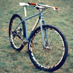 Singular Swift 👍👌na Single Speed Mountain Bike, Mountain Bicycle, Mountain Biking, Off Road Cycling, Cycling Bikes, Urban Bike, Bicycle Design, Cool Bikes, Ducati