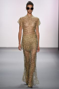 View the complete Jenny Packham Spring 2017 Ready-to-Wear Collection from New York Fashion Week.