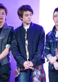 See? Look at Hansol! Lol I knew him since Star King. Pretty sure he's T.O.P but with American blood.