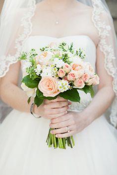 Dawn's bouquet-GardenGateFlorals and Michelle Guzman Photography. #MaitlandArtCenter, #blushandpeachweddings