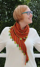 Olen neulonut lohikäärmeen! Tai ainakin sen hännän. Ohje: Leftie Lanka: Päävärinä Kraft Hand-Dyed MerinoSilk Sock ja vihreät ...