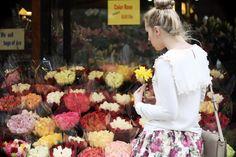 Glamgerous - Fashion Blog: Sunflower Girl #look #flower #blackandwhite #ootd #outfit #blonde #glamgerous #newyork #sunflower #floral