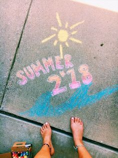 DIY Sidewalk Art Ideas for Summer Summer Activities for Kids Summer Fun, Summer Time, Teen Summer, Summer Things, Summer Bucket, Summer Crafts, Summer Pictures, Cute Pictures, Chalk Design