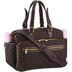 Louis vuitton diaper bag has many separated small bags Its inner layer is made of