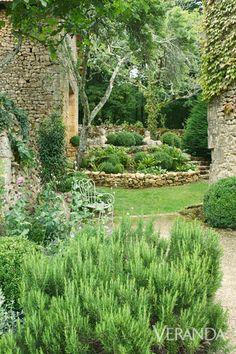 What a beautiful French style backyard!