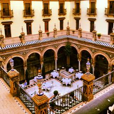 Patio Sevillano ~ Hotel Alfonso XIII - Sevilla.  Photo by Cecilia Cervantes.
