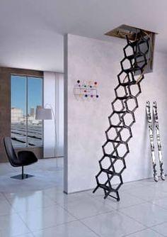 Escalera ideal para espacios muy pequeños : Vestíbulos, pasillos y escaleras de estilo  por Rintal https://www.homify.com.mx/libros_de_ideas/2724267/21-soluciones-inteligentes-para-casas-pequenitas