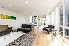 Modern Home in Seattle with Bright Interior and Lovely Design: Fantastic Green And Yellow Accents In The Living Space