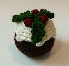 crocheted christmas pudding