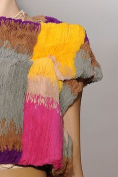 "textilesystematisms: ""Just Pinned to .PLEATS.: couleur http://ift.tt/2gkNnMW """